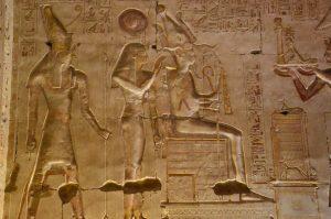 Egypte Isis.Horus-Osisis 2015